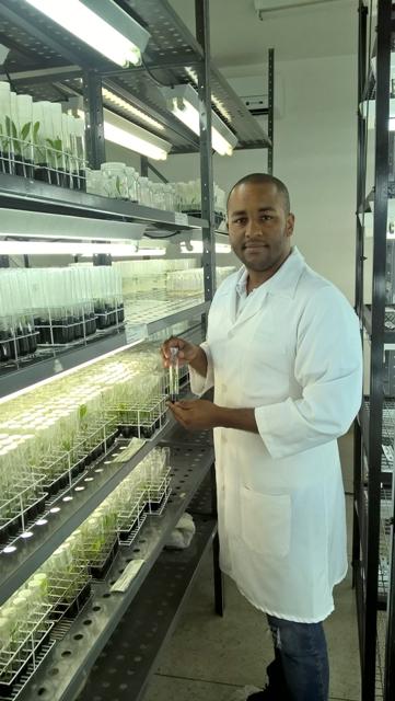 Lucas Anjos de Souza, biólogo, pós-doutor e professor do Instituto Federal Goiano - Crédito Arquivo pessoal
